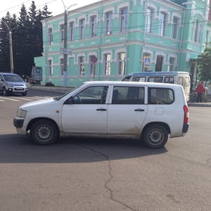 View enlargement of A car is parked in the middle of the road, in Chita.