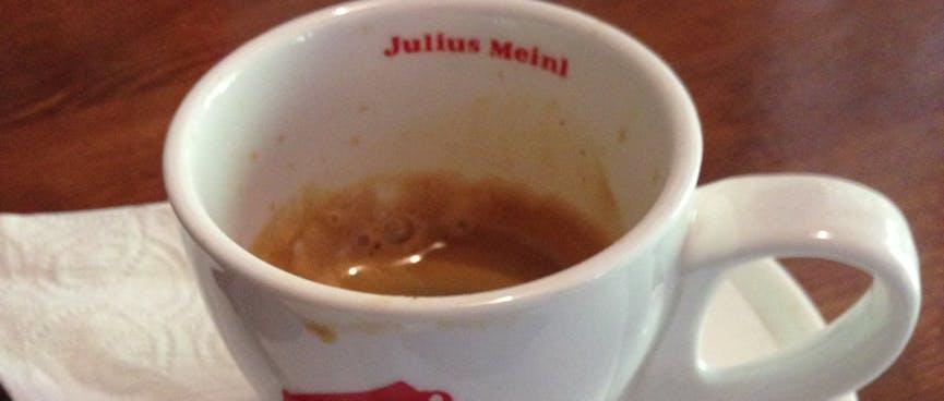 A small espresso, with a good crema.
